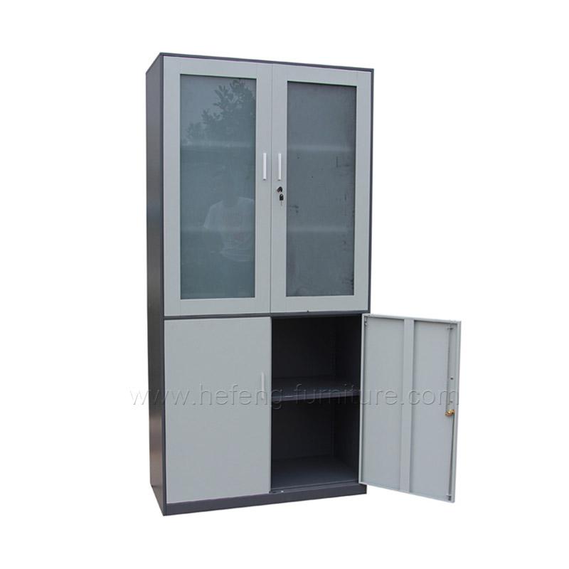 Estante vitrina con puerta batiente